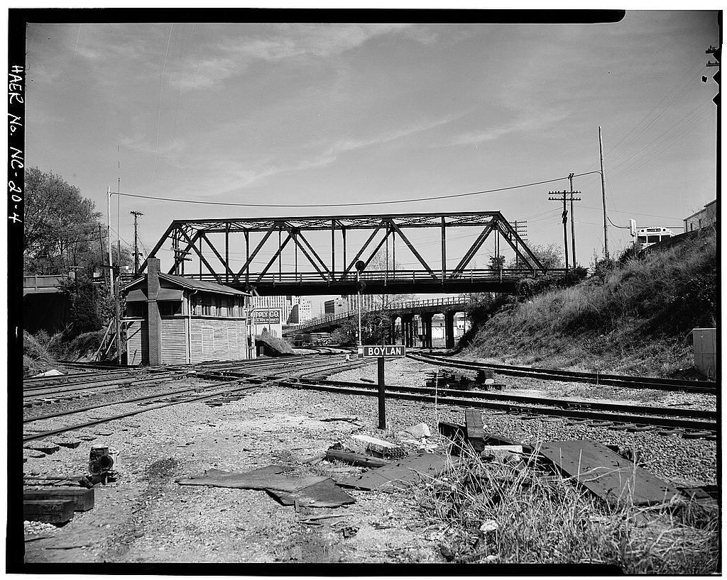 Boylan Avenue Bridge, Boylan Avenue Tower